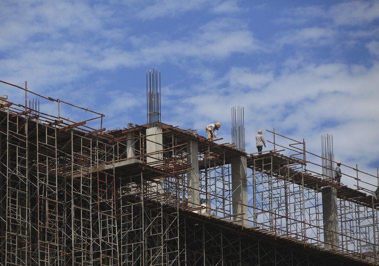 Sindicato prevê estagnação do setor de construção civil em 2015 - http://bit.ly/1rjFMg9  #Economia, #ÚltimasNotícias - #ConstruçãoCivil, #Estagnação, #SãoPaulo, #Sindicato, #SindusConSP