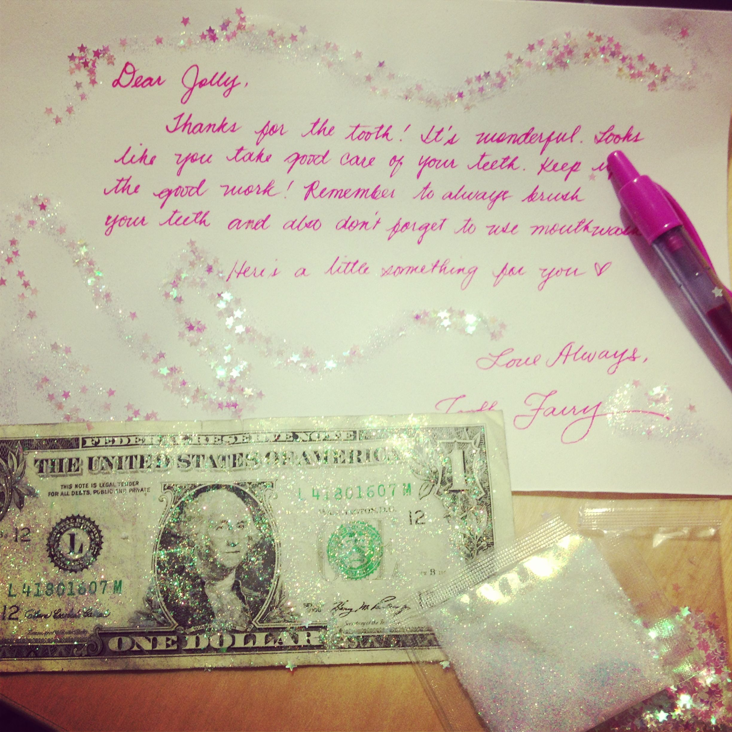 Tooth fairy note and glitters