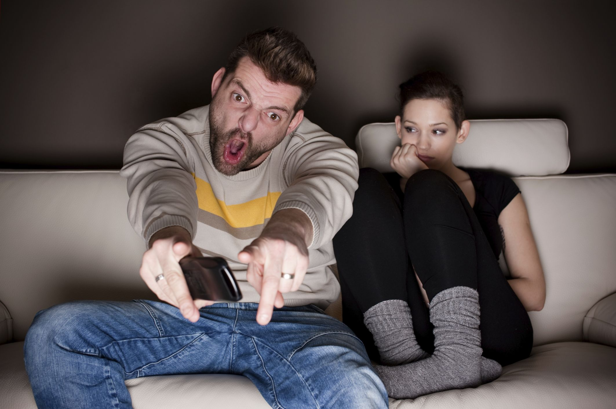 5 Ways to Make Watching Football a Couple's Sport Sports