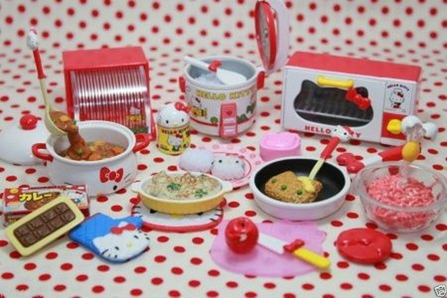 Re-ment Sanrio Dollhouse Hello Kitty I Love Cooking in Kitchen Scale Set Of 7