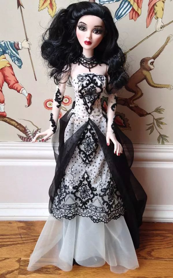 Ellowyne dress by jodiecreations.com & Peggy