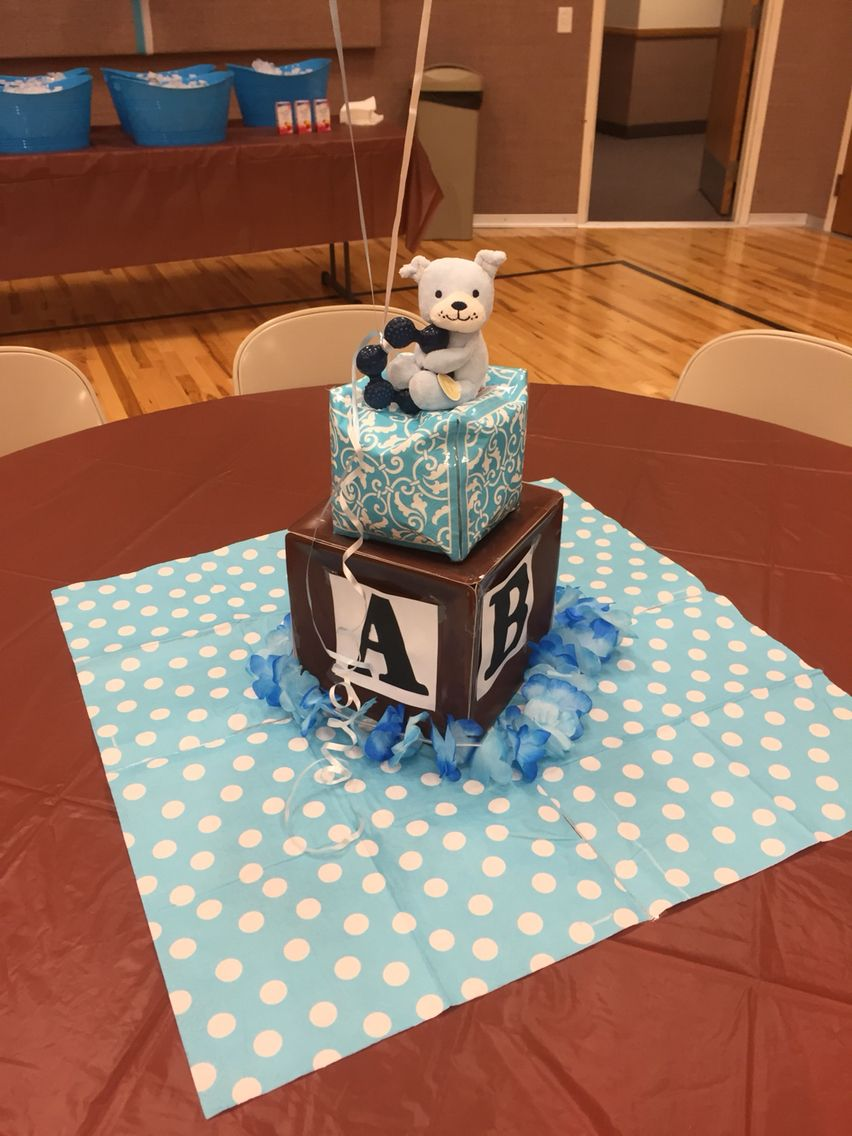 Alphabet block centerpieces made out of paper plates and napkins. Lol My teddy bear I & Alphabet block centerpieces made out of paper plates and napkins ...