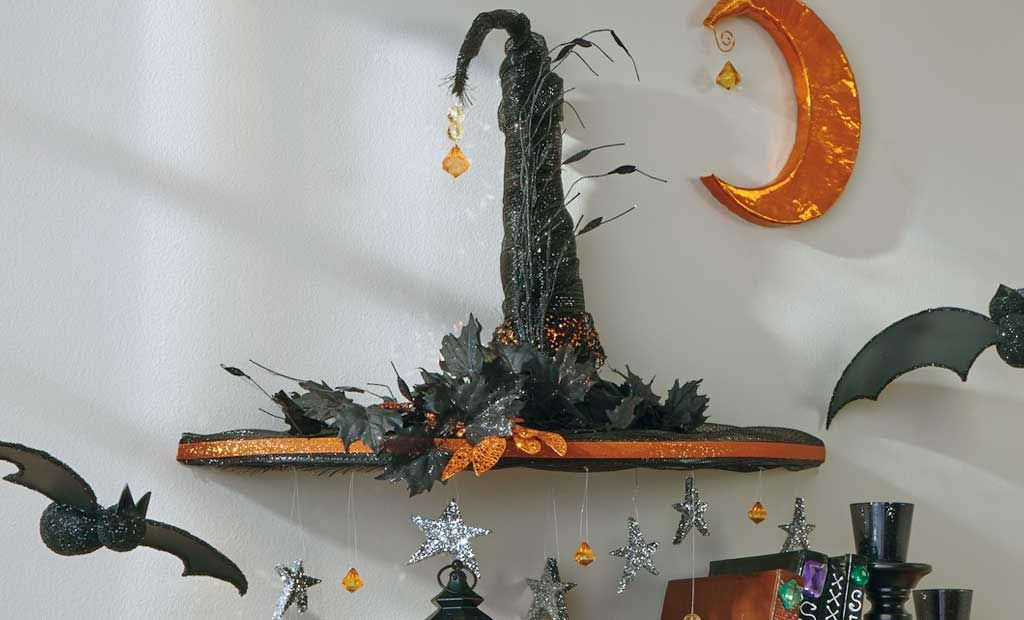 Crafts n\u0027 things Weekly - witch hat  moon wall art Craft Ideas - halloween crafts ideas