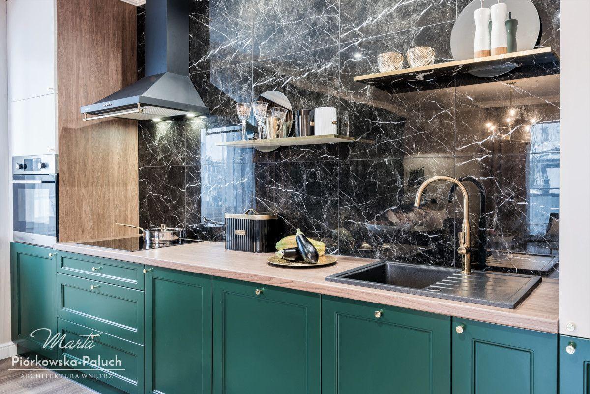 Butelkowa Zielen W Roli Glownej W 63 Metrowym Mieszkaniu Kitchen Interior Kitchen Inspirations Kitchen