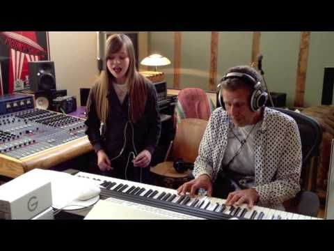 Pink - Just Give Me A Reason by Connie Talbot - YouTube Oooooohhh my