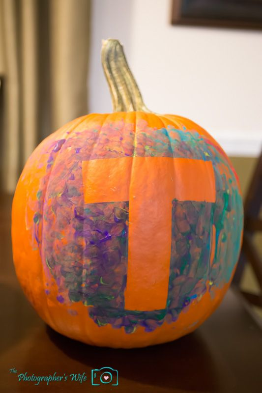 cute idea for pumpkin painting Every kid gets their own pumpkin - halloween pumpkin painting ideas