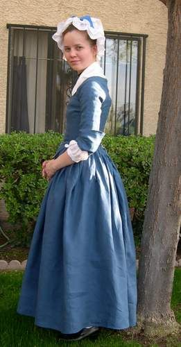 Fitting and Proper Round Gown. Detail pics, links to cap and gown ...