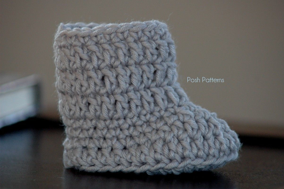 Cute and easy crochet baby boot pattern! Sizes included: Newborn to6 Months, 6 to 12 Months.