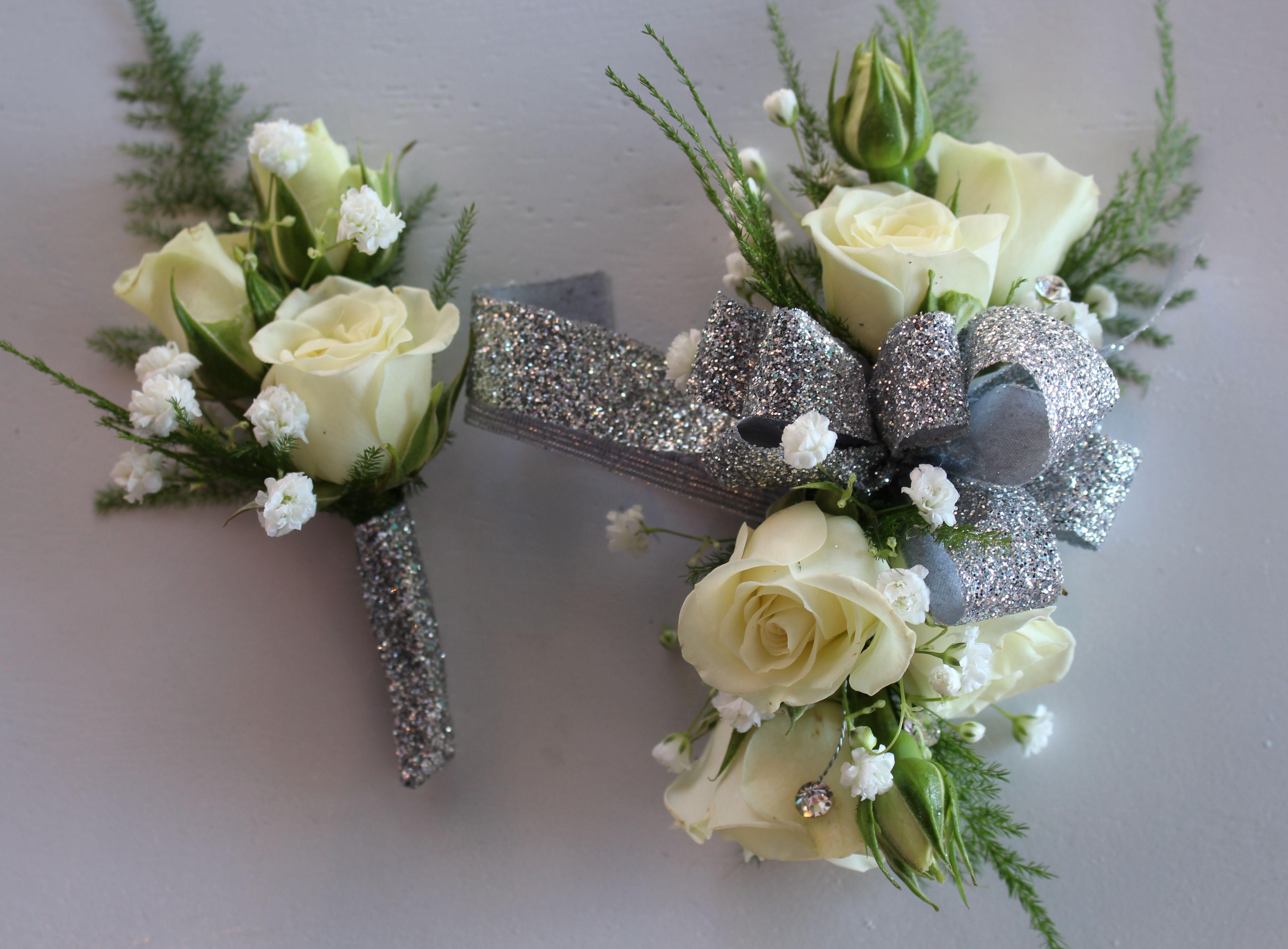 White And Silver Prom Corsage Casamento