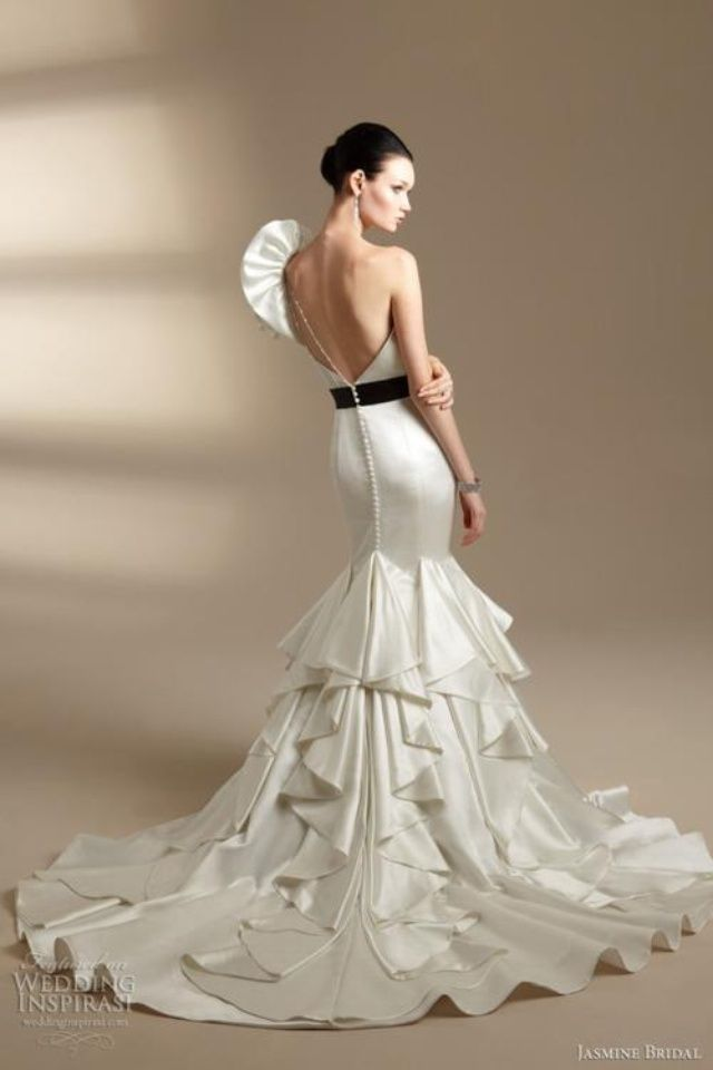 Latin Inspired Wedding Dresses At Exclusive Decoration And