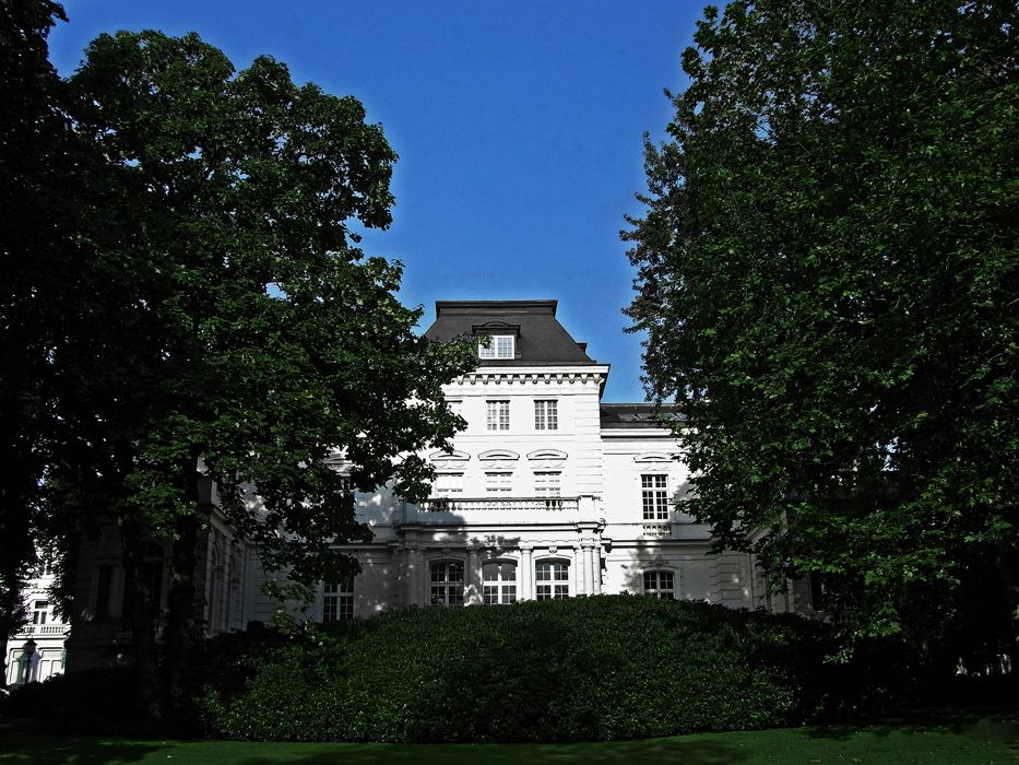 Sander's house in Hamburg was at turns home to a bank, an insurance company and to Aristotle Onassis (Photograph by Jil Sander)