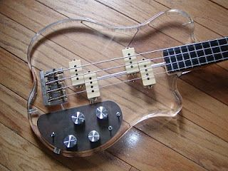 Guitar Blog: Very strange Precision and Jazz Bass headless