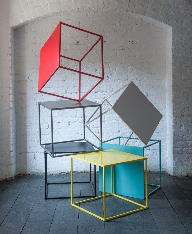 Der Couchtisch **SIMPLEX** Fällt Durch Sein Minimalistisches Geometrisches  Design Auf. Farbe:   Unbehandeltes Stahl (+matter Schutzlack) Material:    Stahl ...