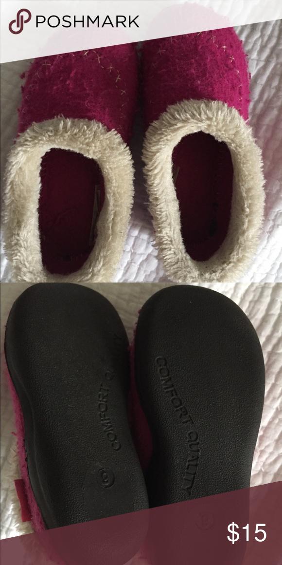 d991d7df9 Kamik slippers 9 GUC Kamik Shoes Slippers   My Posh Closet ...