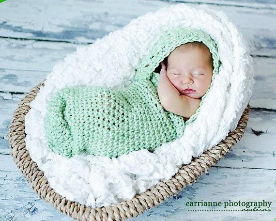 Infant Hooded Cocoon Crochet Pattern   capullos de bebe tejidos ...