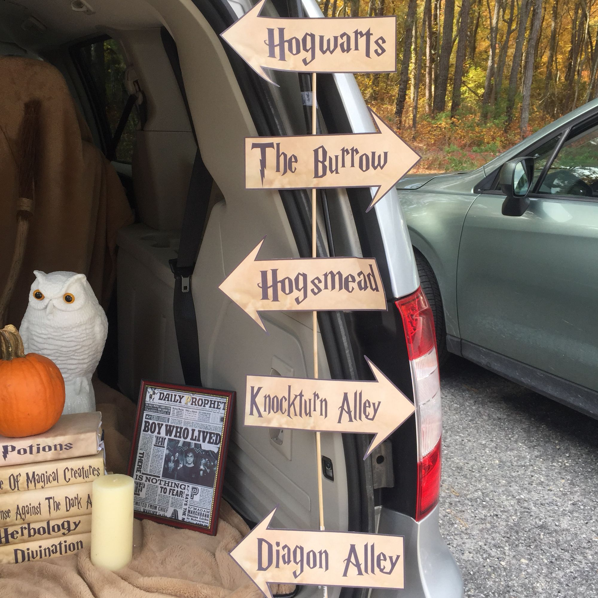 Harry Potter Trunk Or Treat Ideas trunk or treat ideas Pinterest - Wizard Of Oz Halloween Decorations