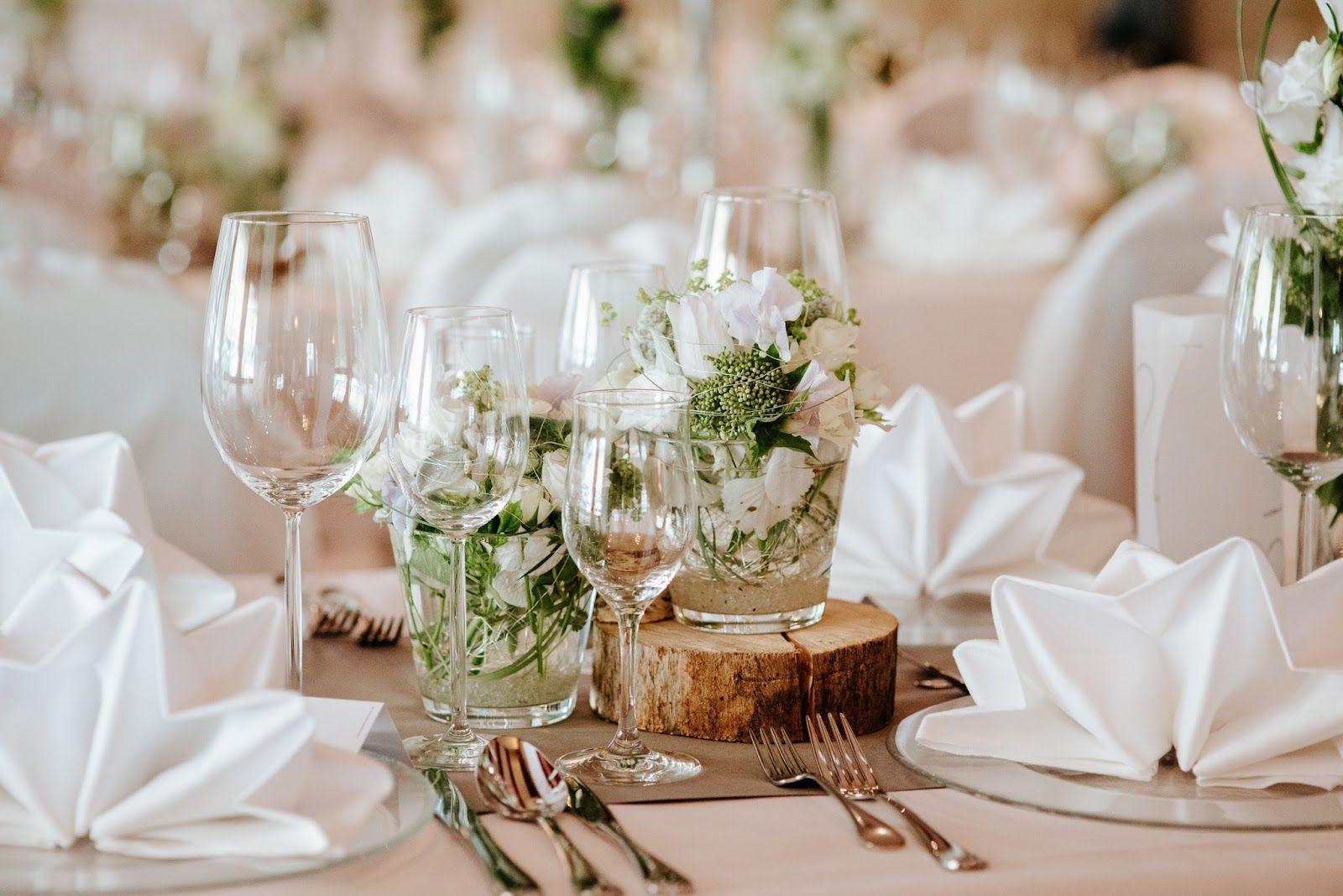 Hochzeit Am Riessersee Tischdekoration Im Seehaus In Grau Weiss