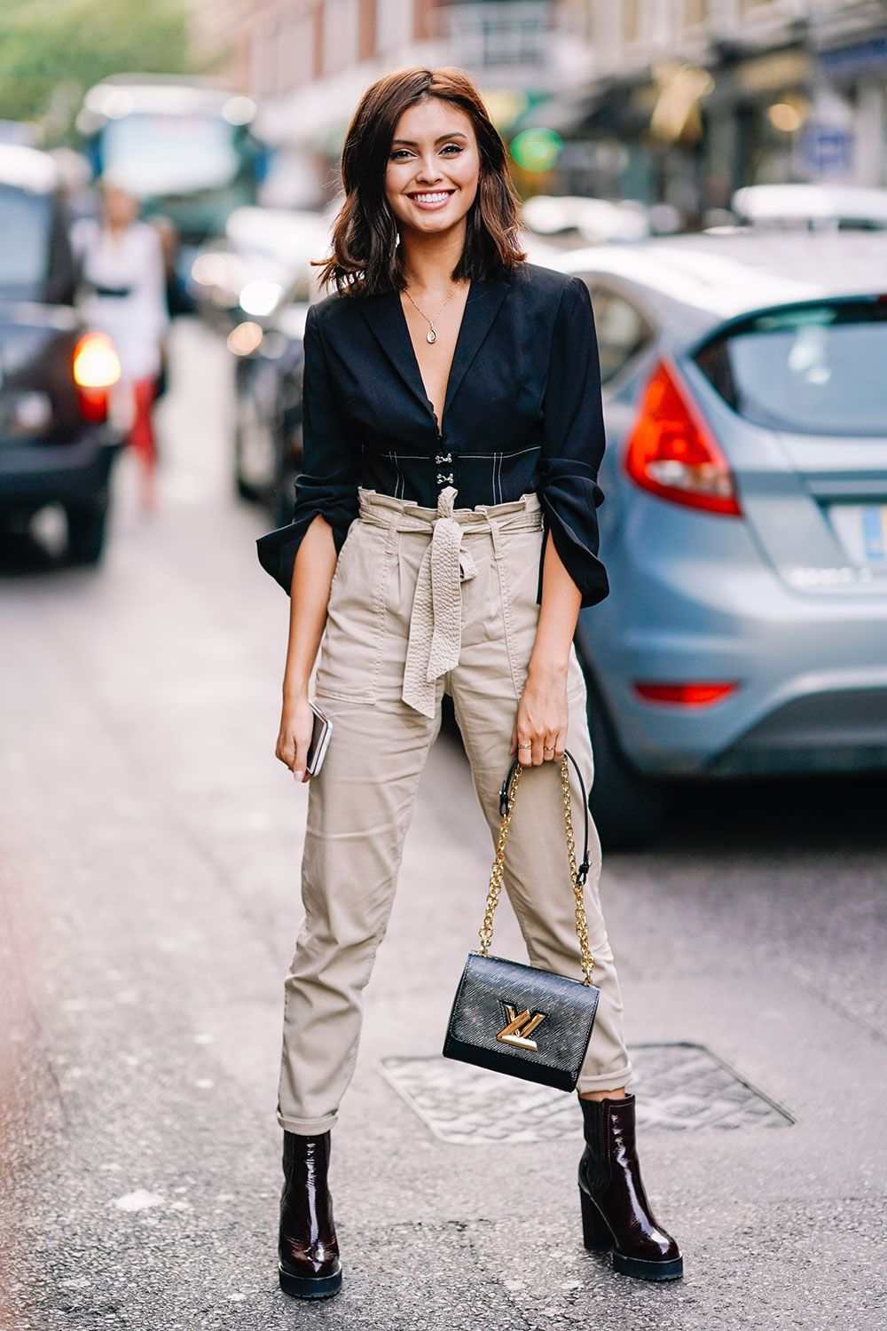 77a02798ed9d The Best Street Style at London Fashion Week Spring 2018 | Otoño ...