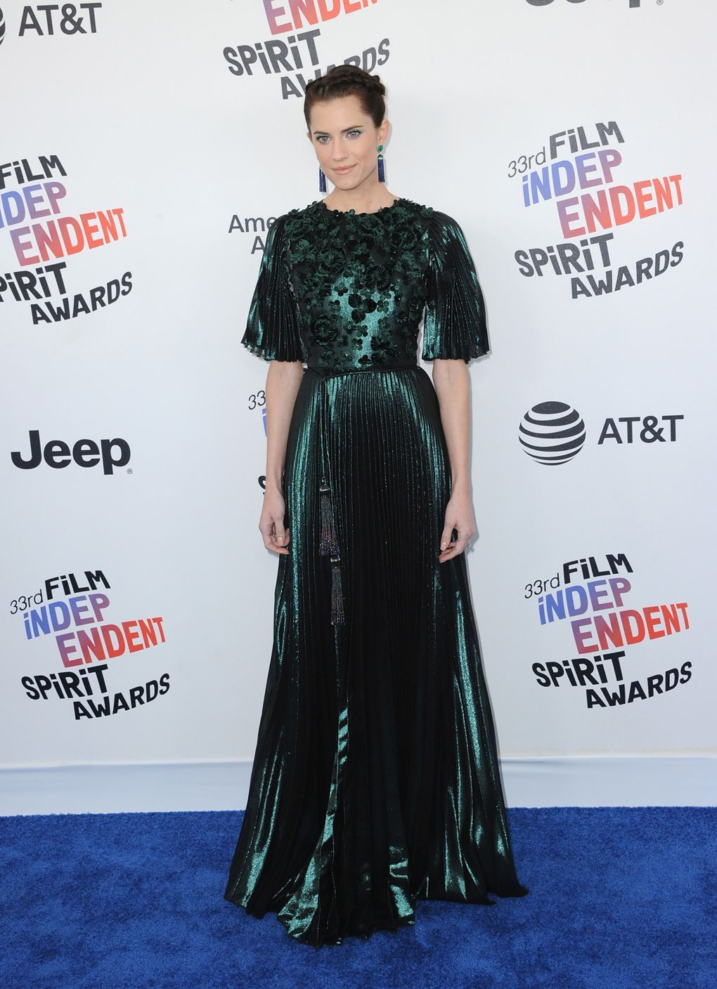 Daily style directory allison williams gowns and
