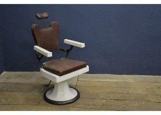 Vintage Industrial Leather And Steel Barber Chair 1950s Vintage Industrial Decor Industrial Decor Metal Outdoor Chairs