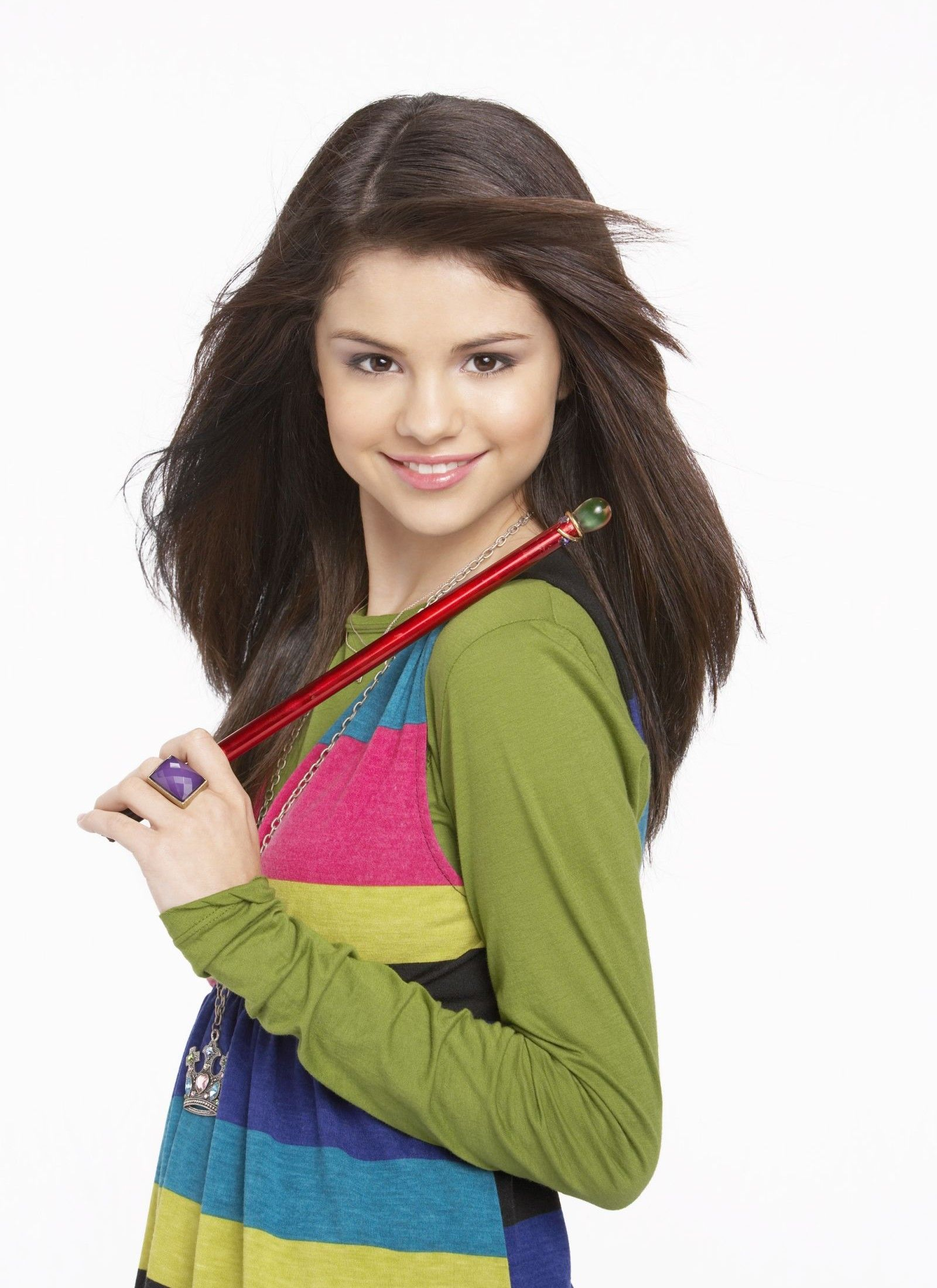 14f1d96b324 Selena Gomez as Alex Russo in Wizards Of Waverly Place. (Wizards Of Waverly  Place photo shoot.)