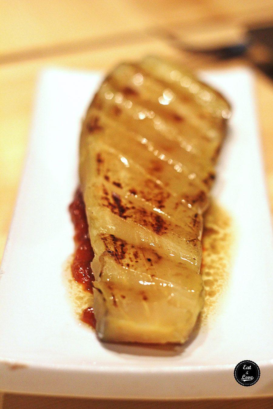 Sashimi de berenjena Bar Pajarita restaurante fusión Madrid