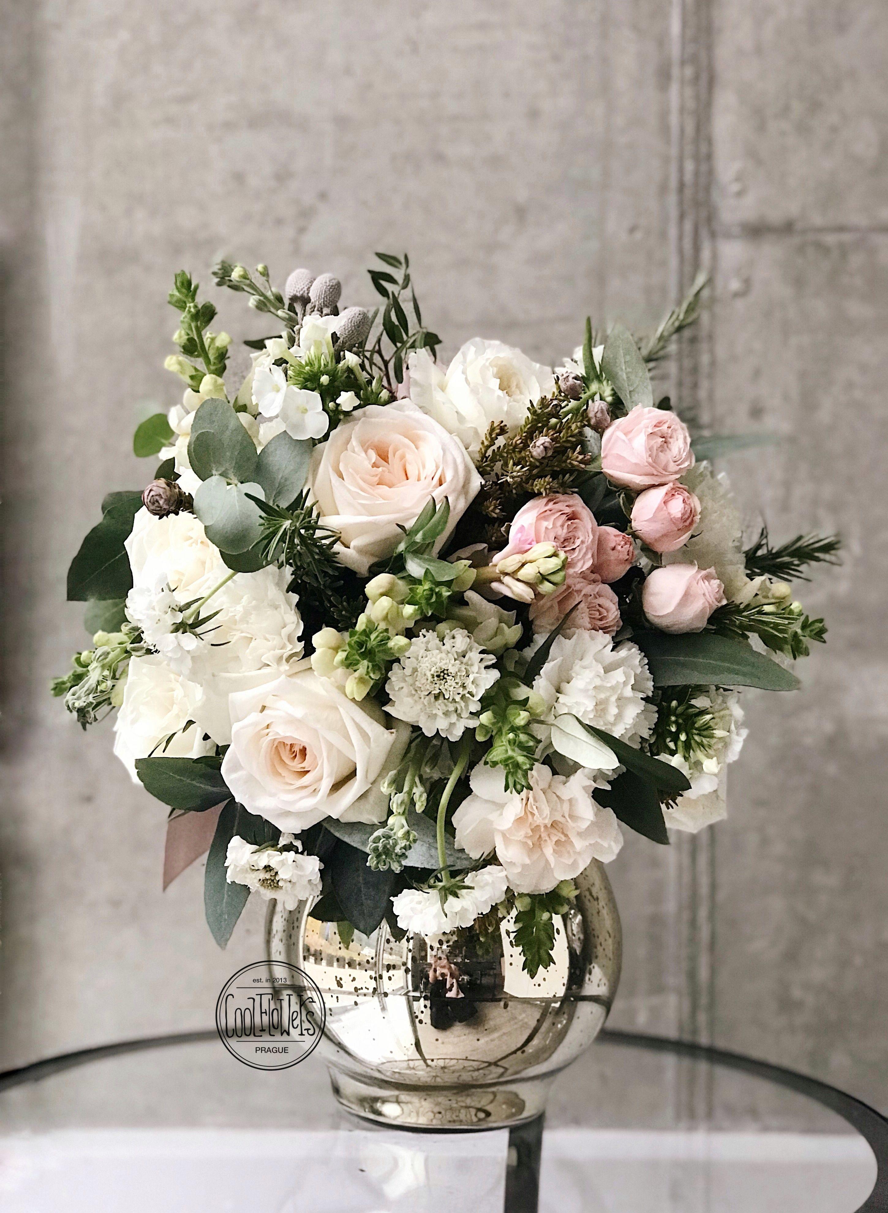 Classic bouquet White Artificial floral arrangements