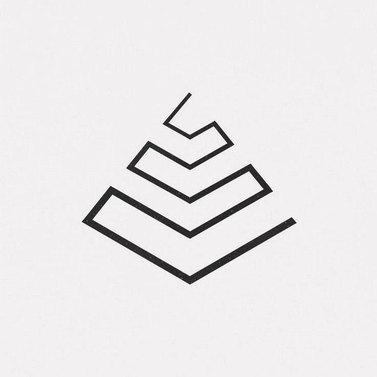 4ee48c6686f79 Geometric tattoo: 30 new tattoo ideas triangle, circle, square, rectangle .