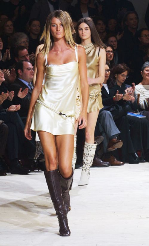 Gisele Bündchen for Dolce   Gabbana, Fall Winter 2002   Gisele ... 878799f182