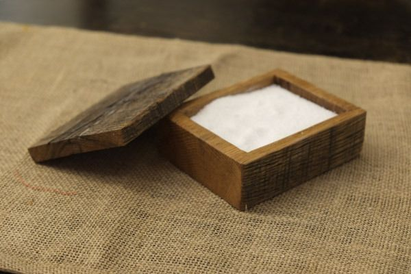 How to Make a DIY Wooden Salt Cellar for Your Next Dinner Party & How to: Make a DIY Wooden Salt Cellar for Your Next Dinner Party ...