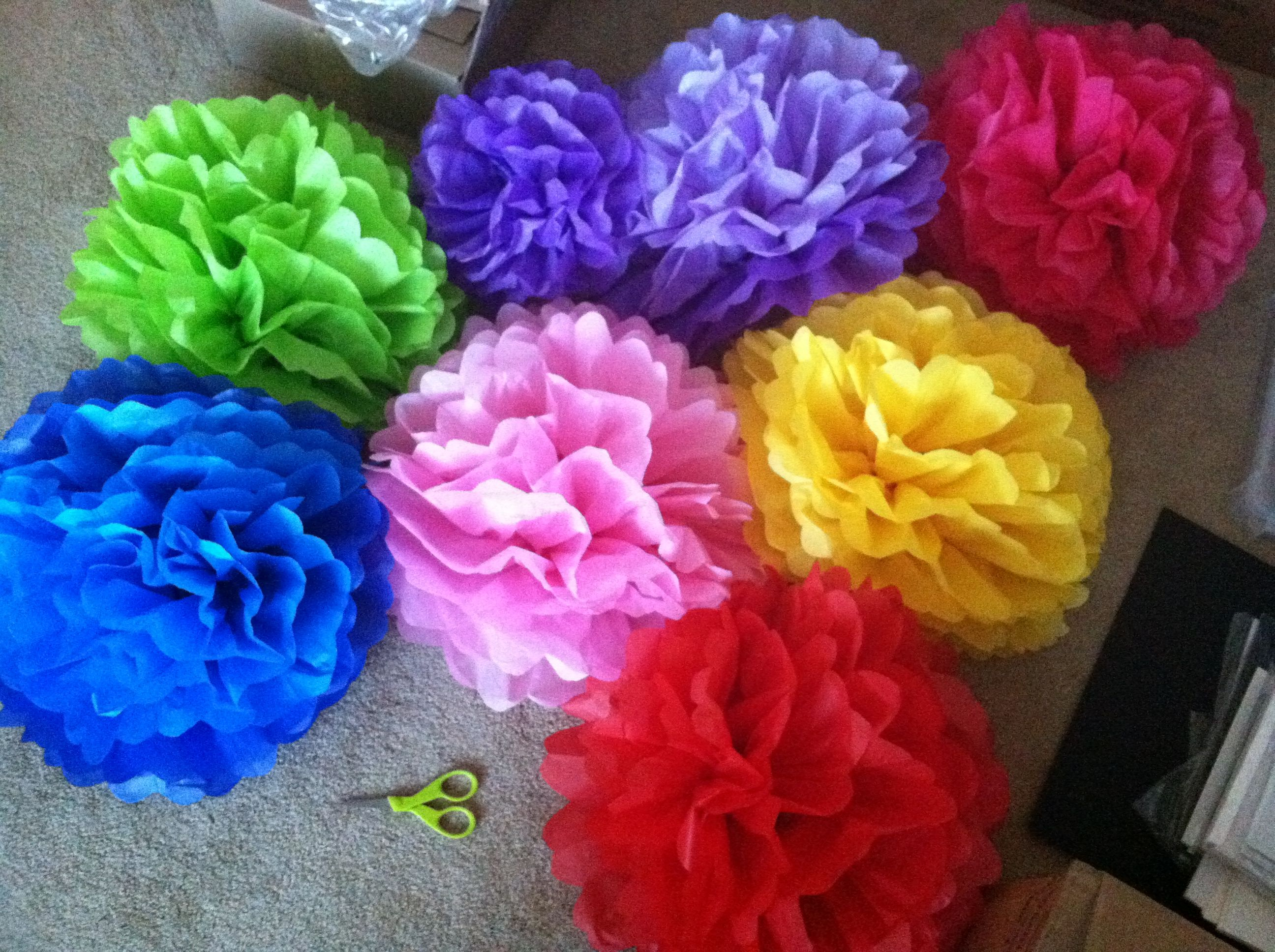 Diy Jumbo Tissue Paper Flowers Pom Poms Super Quick And Easy Now