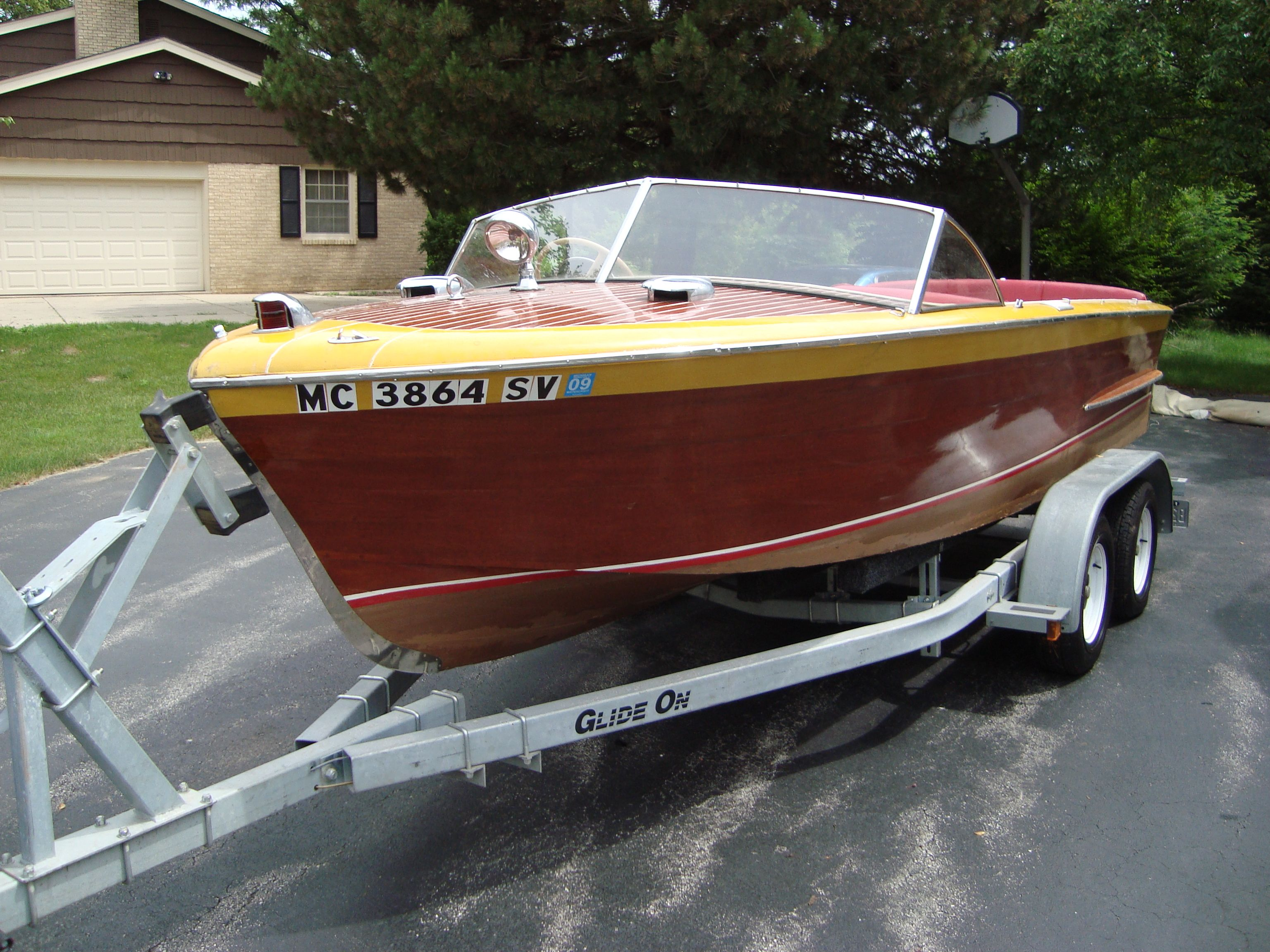 1952 Holiday Chris Craft