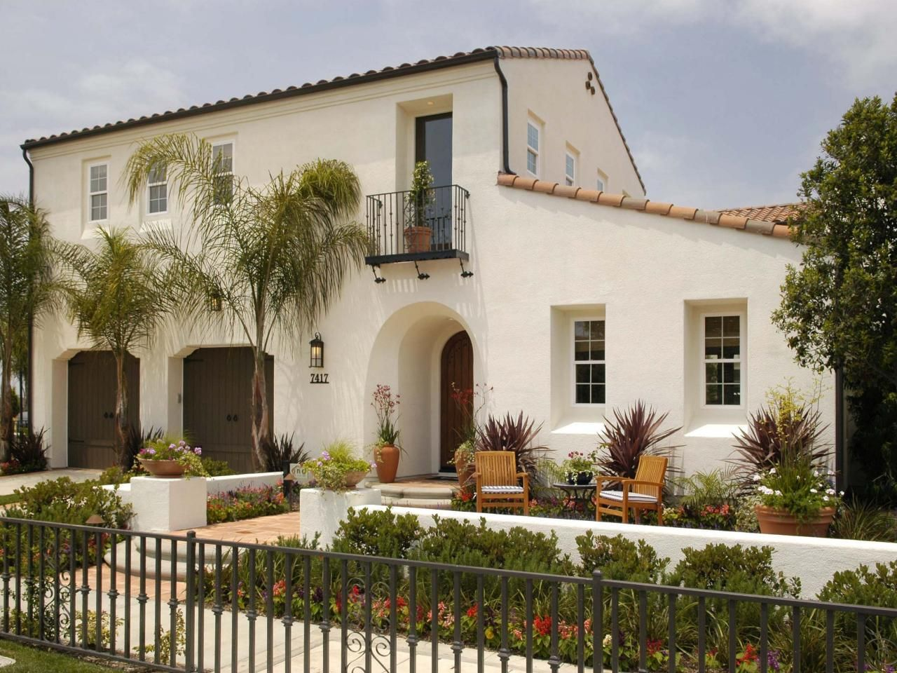 Mediterranean style home designers in az - Modern Spanish Residential Design Remodeling Exterior Design With Cot French Door Blue Door Wall Pinterest Exterior Paint Combinations