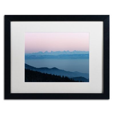 """Trademark Art """"Smoothy Time"""" by Philippe Sainte-Laudy Framed Photographic Print Size: 16"""" H x 20"""" W x 0.5"""" D"""