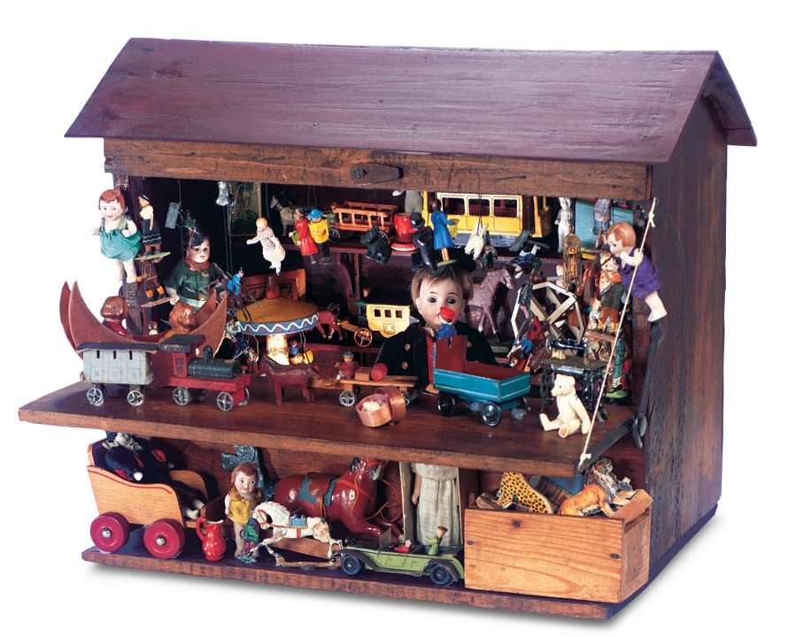 The Boys' Collection: 154 Wonderful German Wooden Well-Laden Toy Stand for the Christmas Market