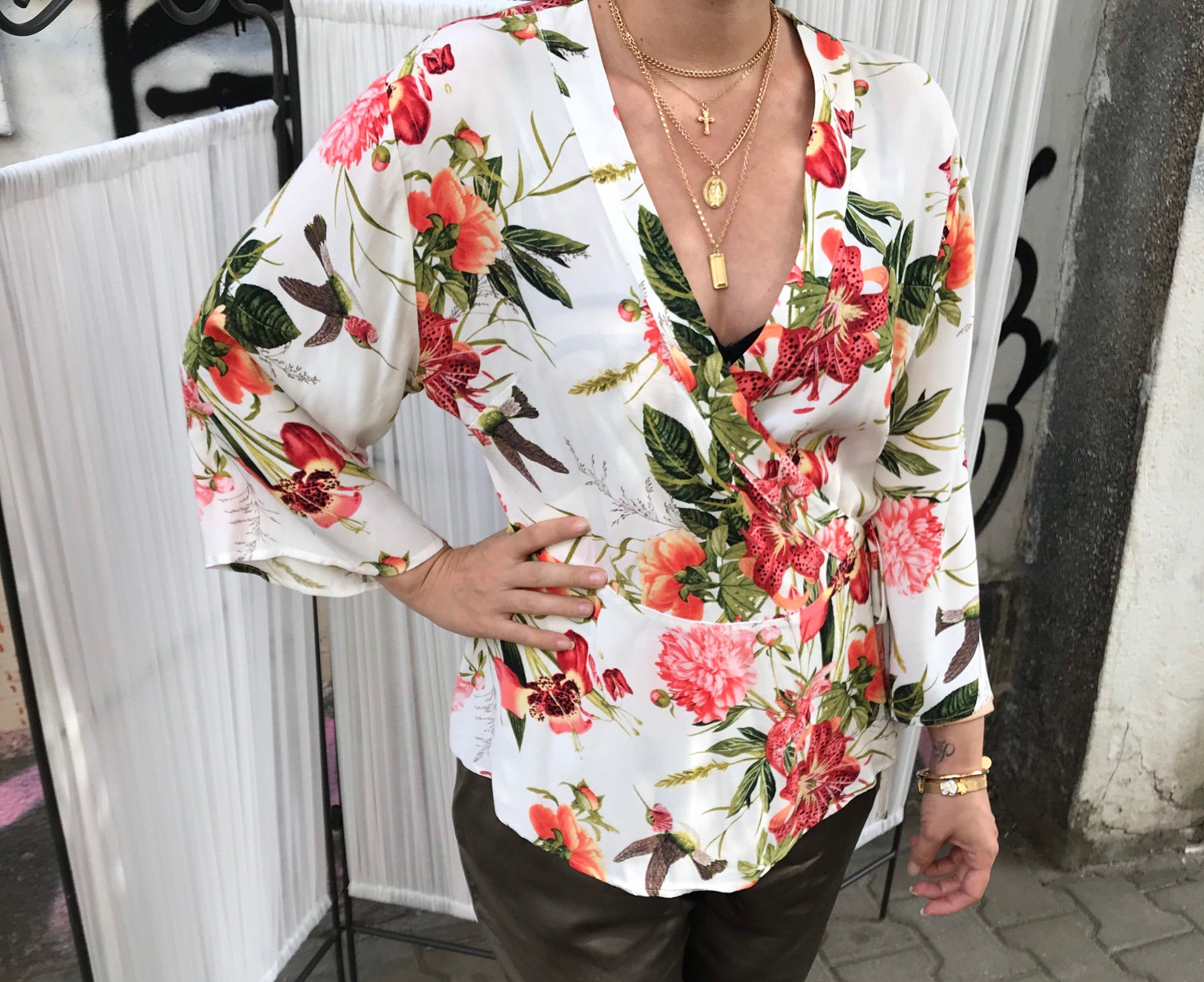 Vintage Flowers And Birds Pattern Shirt Wrap Up Blouse Etsy In 2020 Shirt Pattern Vintage Shirts Viscose Blouse