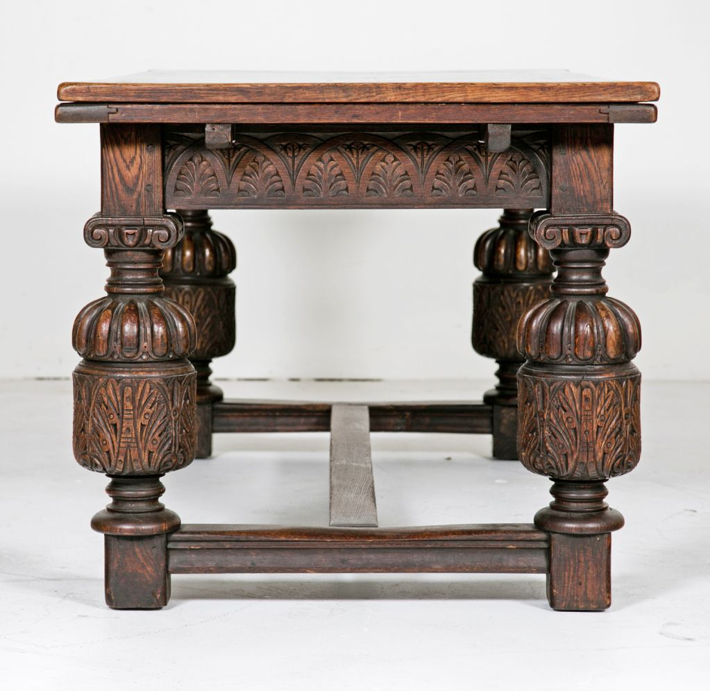 Elizabethan Era Table. Bulky Cup And Cover Legs | Elizabethan