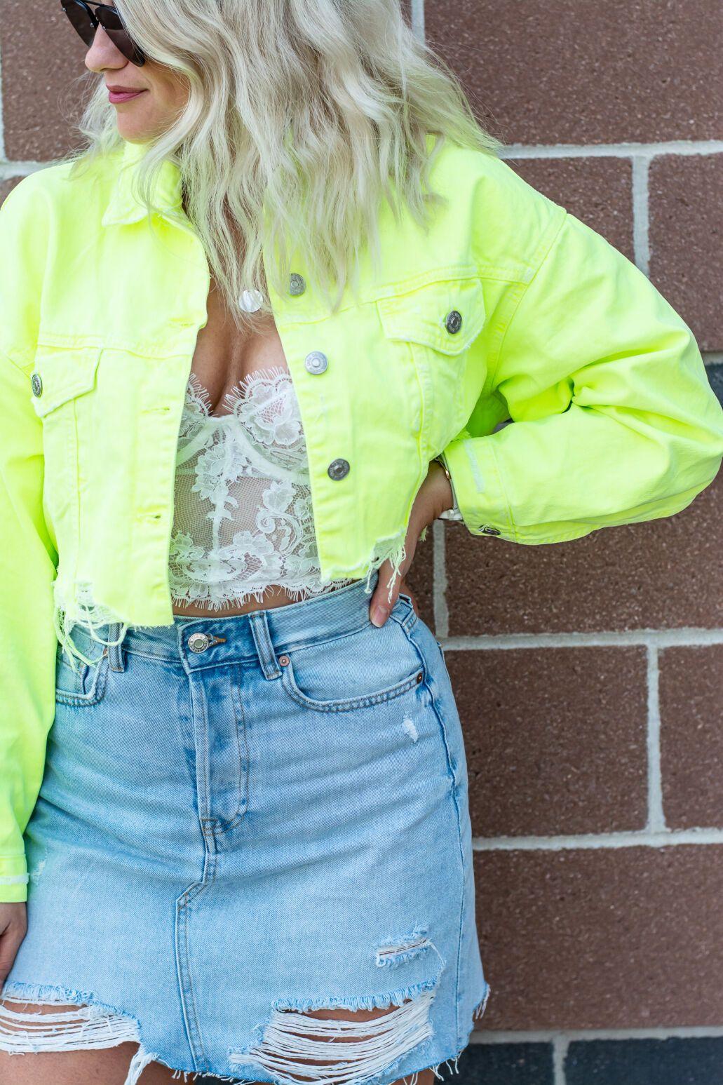 Cropped Neon Denim Jacket Kelly Kapowski Lsr Neon Jeans Denim Outfit Denim Jacket [ 1547 x 1031 Pixel ]