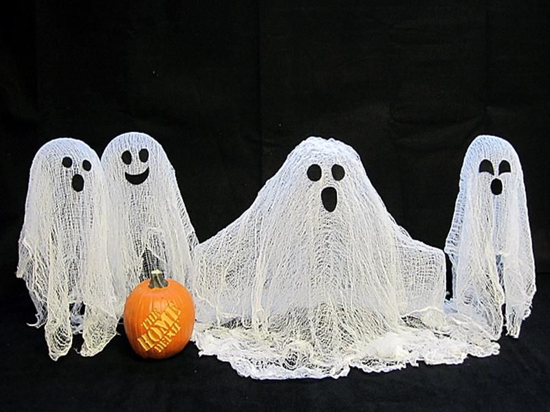 Cheese Cloth Ghost Homemade Halloween decorations