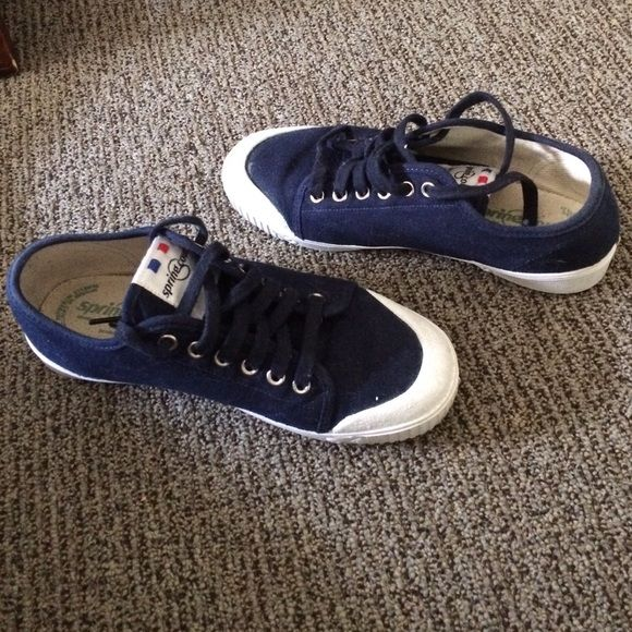 Ellen DeGeneres' Navy SpringCourt shoes!!! Obtained these shoes while interning on the Ellen Show. They were gifted from her wardrobe. Love them, just don't fit correctly. Awesome shoes and a great story! Spring Court Shoes