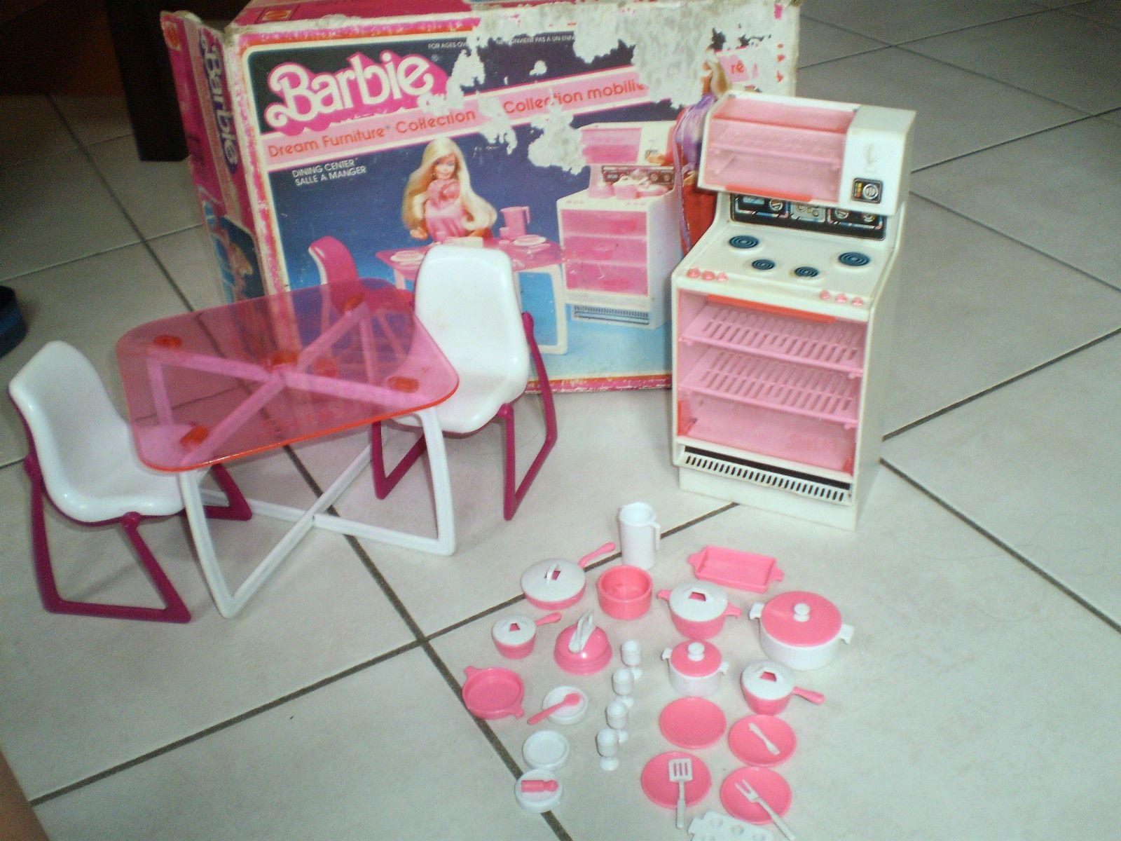 Mobili Barbie ~ Barbie collezione mobili tinello tavolo sedie stufa con