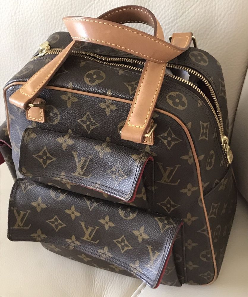 7dccb5b9998f PreOwned Authentic Louis Vuitton Handbag Medium Back-Pack Royal Red Suede  Inside