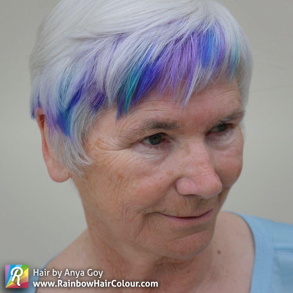 Under Maintenance Short Grey Hair Grey Hair With Pink Highlights Short White Hair