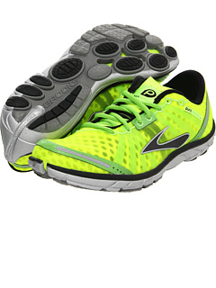 quality design 4d0b5 c181c Brooks at Zappos. Free shipping, free returns, more happiness!