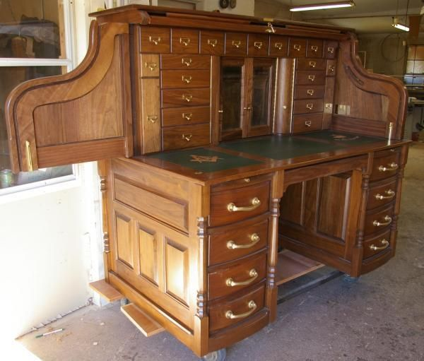 Clark Model Quarter Sawn White Oak Roll Top Desk