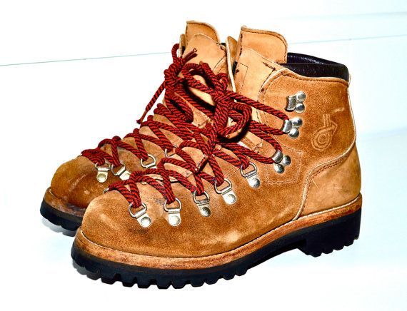 Make an Offer DEXTER Made in USA Hiking Boots Vintage Alpine Mountaineering  Boots Tan Leather with Red Laces Rugged Rustic Ladies sz 9