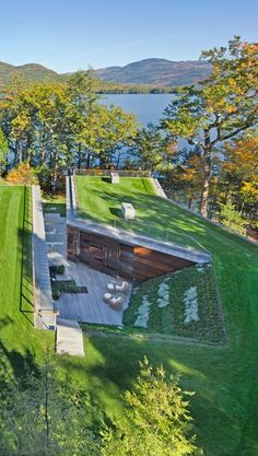 Lakeside Retreat By Gluck 2 1 Green Roof Design Underground Homes Green Architecture