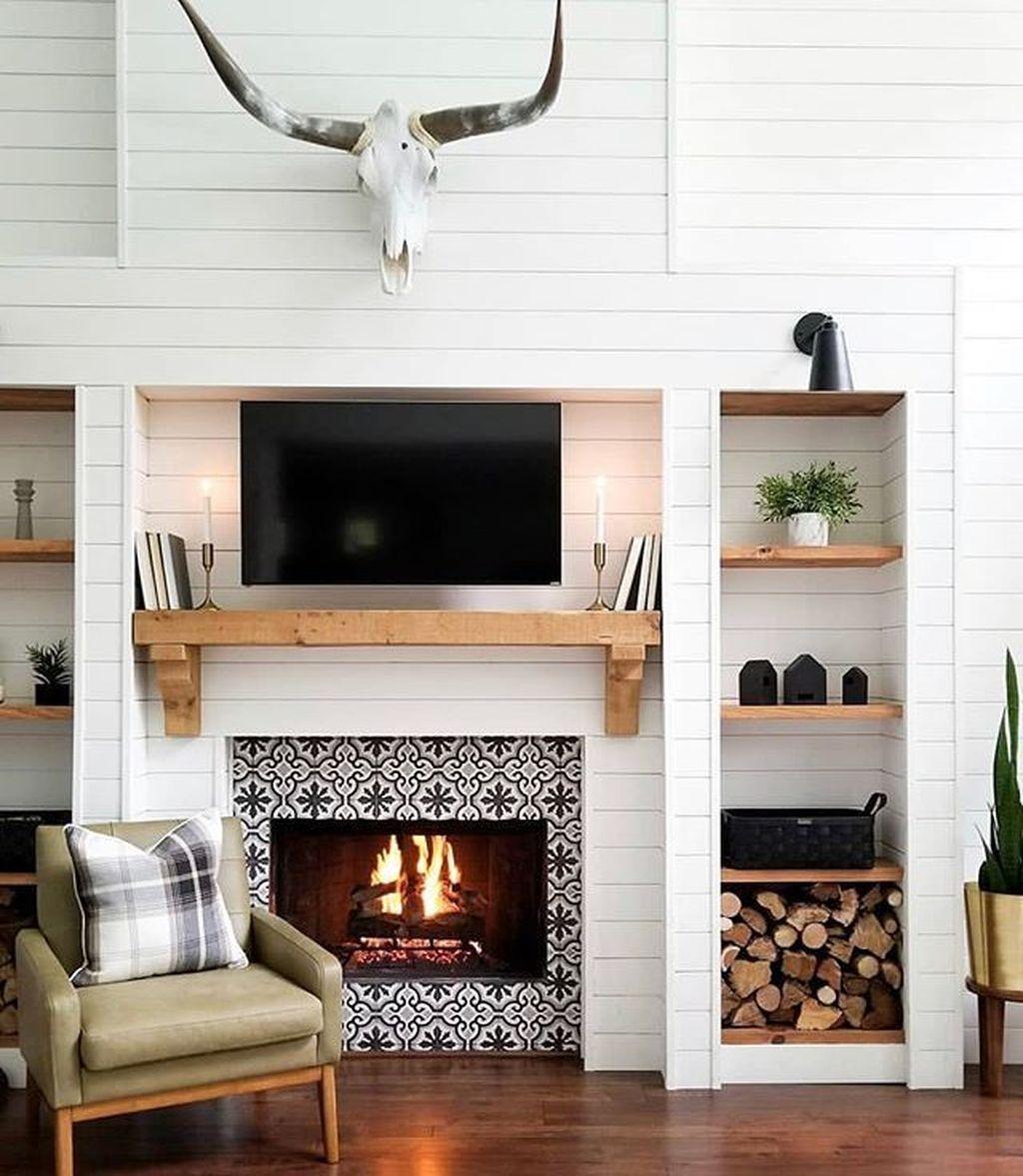 46 Gorgeous Modern Farmhouse Fireplace Ideas You Should Copy Now - HOOMDESIGN