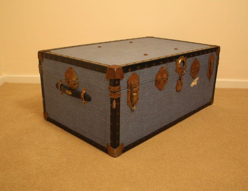 Vintage Retro Overpond Steamer Trunk/Chest/Storage/Coffee Table/Toy Box    Blue