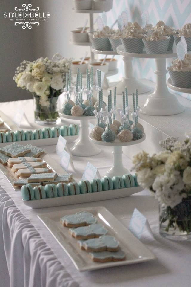 Planning a wedding? Come see Jill at #411Poyntz #ConfettiandCashmere Sweet table
